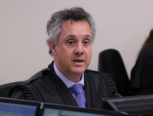 Desembargador João Pedro Gebran Neto no julgamento de recursos da Lava Jato na 8ª Turma do TRF4 . Crédito: Sylvio Sirangelo/TRF4