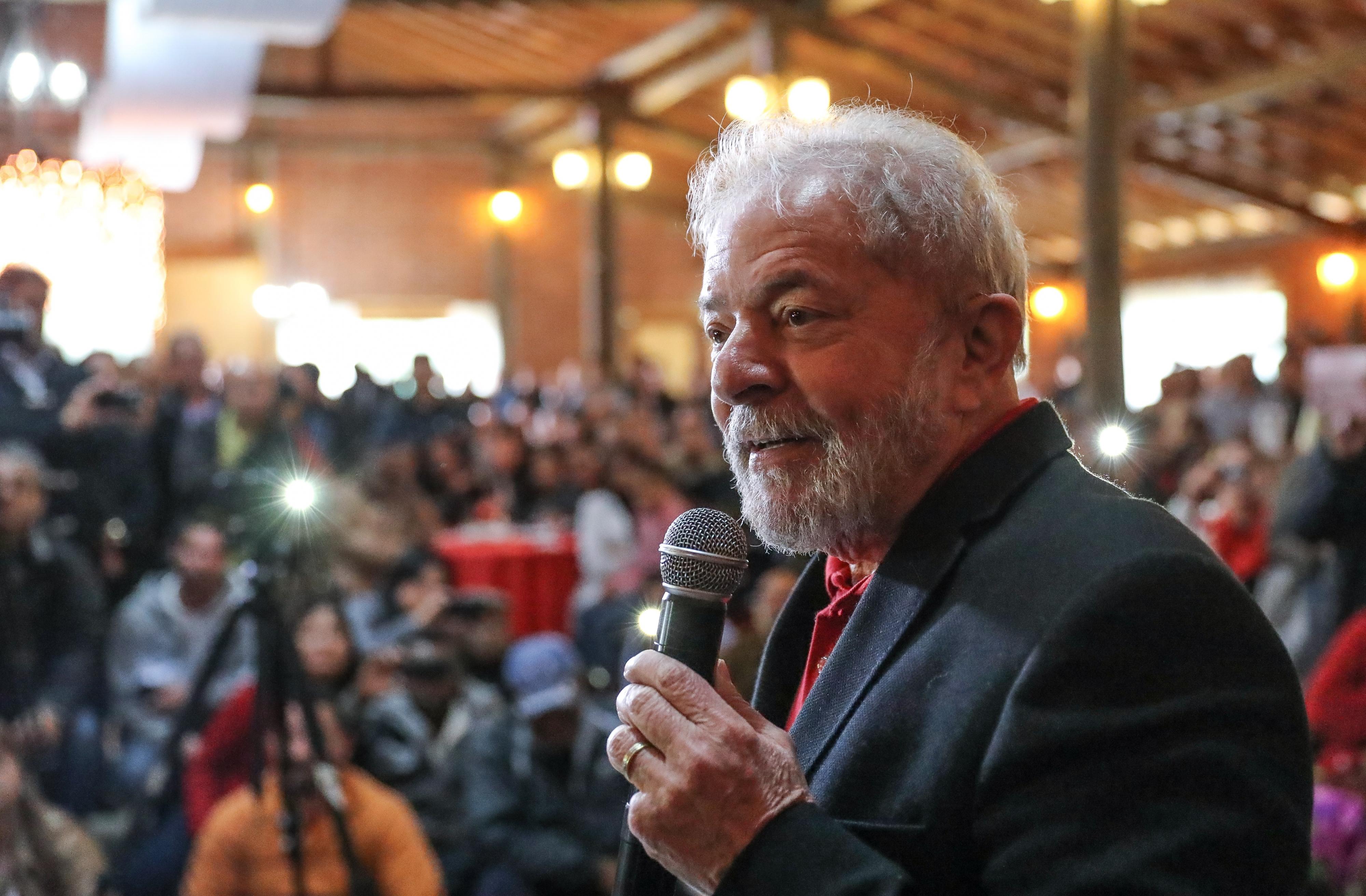 Advogados pedem habeas corpus de Lula