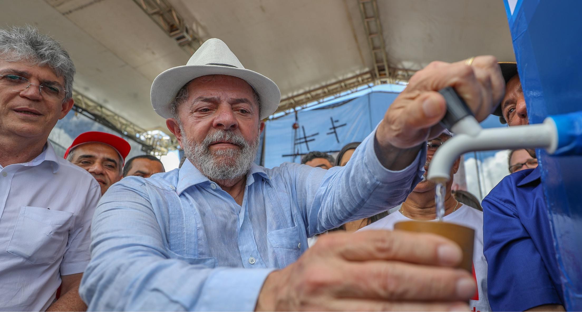 Advogados de Lula pedem desbloqueio de bens a Moro