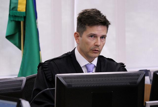 Lula é condenado a 12 anos em segunda instância