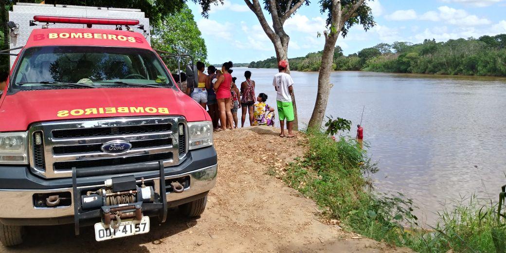 Jovem desaparece após entrar no Rio Doce em Linhares. Crédito: Raphael Verly / TV Gazeta Norte