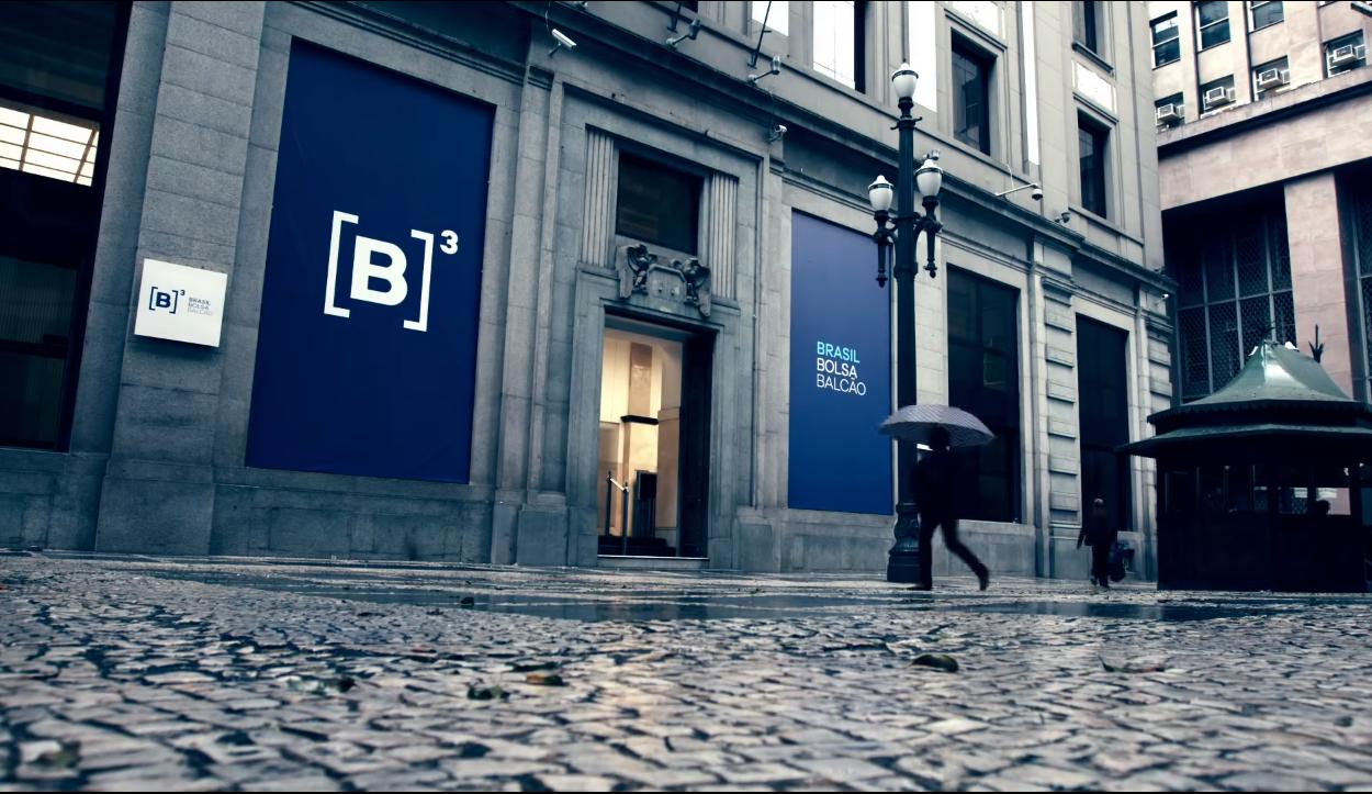 Alta na bolsa que agora tem novo nome B3 Brasil Bolsa Balcão. Crédito: Reprodução/YouTube