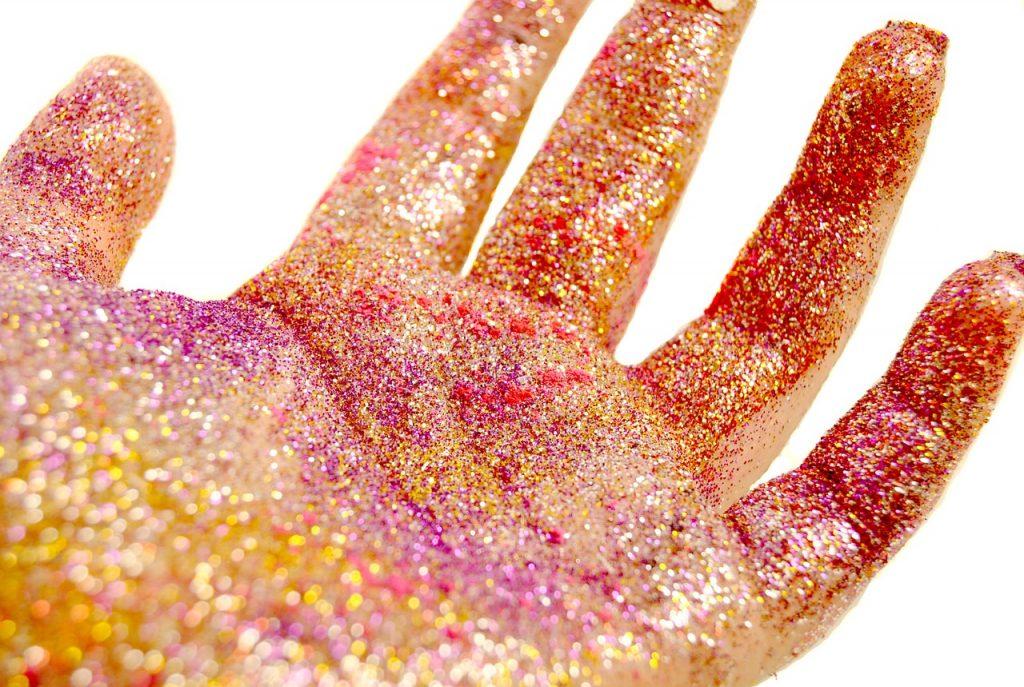 O impacto ambiental do glitter no meio ambiente