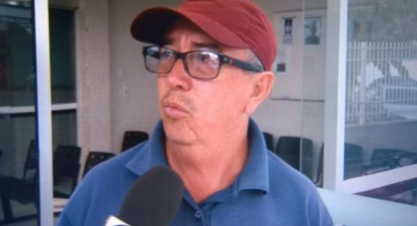 O taxista Jorge Antônio Corrêa foi ao DML para liberar o corpo do sobrinho