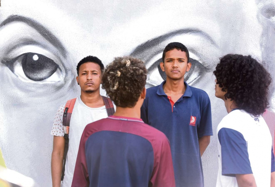 Iarley Duarte, 23 anos, Igor Vieira Rocha, 18, Lucas Lima, 17, e  Weverson Souza,  17, ficaram ofendidos. Crédito: Carlos Alberto | AG