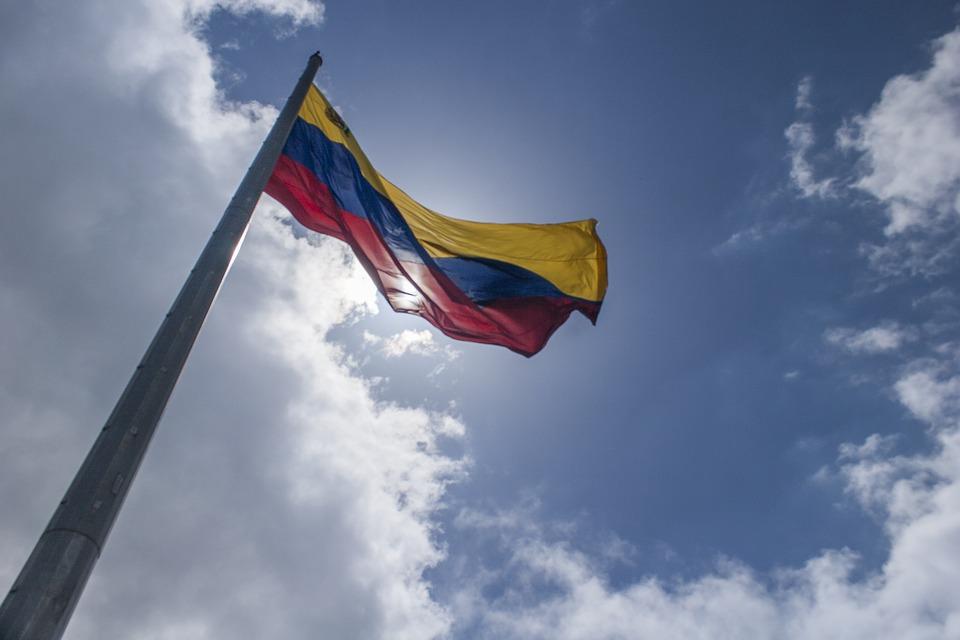 Bandeira da Venezuela. Crédito: Reprodução/Flickr