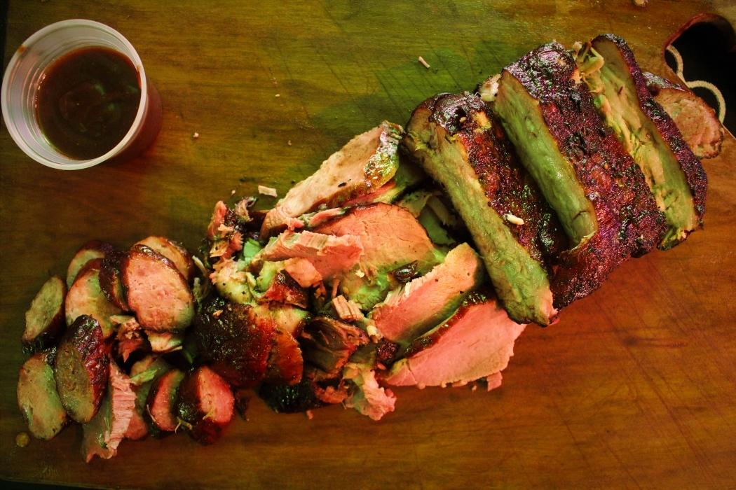 Não vão faltar opções de carnes no festival de churrasco Assadores. Crédito: Monique Barth / Divulgação
