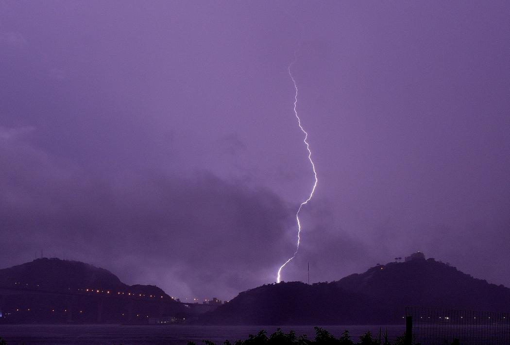 """Resultado de imagem para imagens de chuvas e trovões"""""""