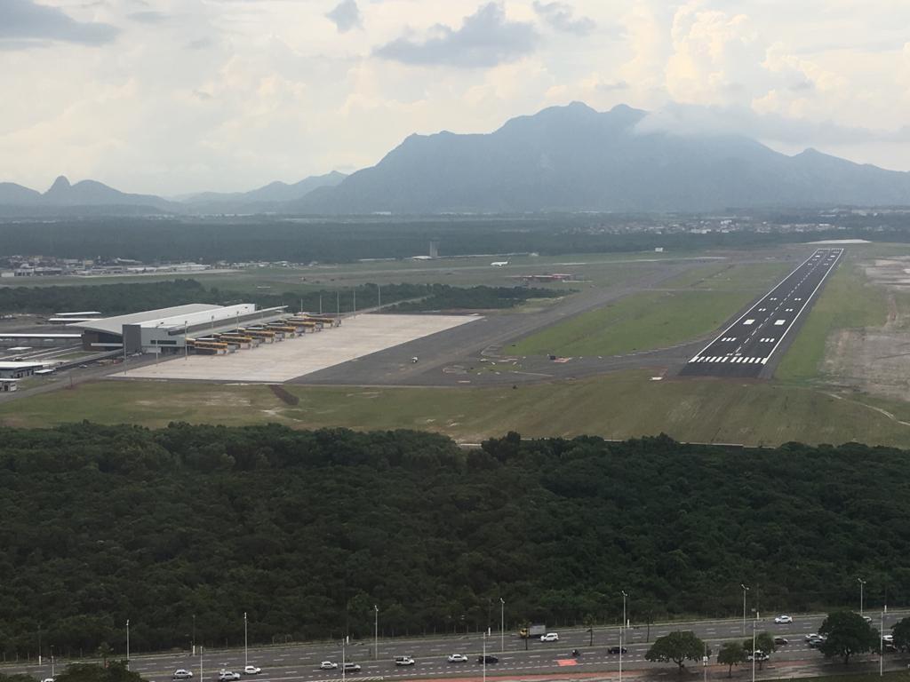 Aeroporto De Vitoria : Pista do novo aeroporto de vitória será liberada na terça