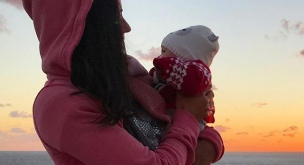 Carol Castro e a filha Nina