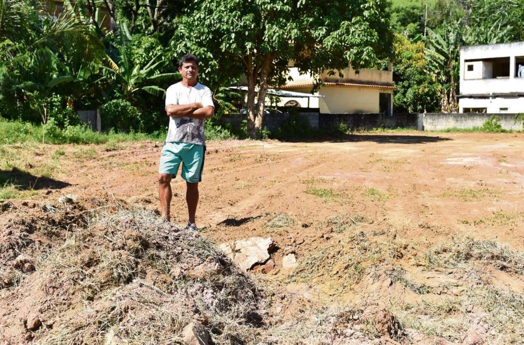 Carlos Roberto, em Nova Canaã, onde seria construída uma saída de esgotamento sanitário. Crédito: Fernando Madeira
