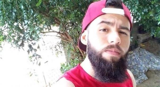 Yuri Henrique de Carvalho Barbosa, 22 anos, teve o mandado de prisão  expedido pela justiça. Crédito: Divulgação/PM