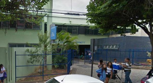 Uma mãe também informou que a categoria entrou na escola Éber Louzada, em Vitória. Crédito: Reprodução | Google Maps