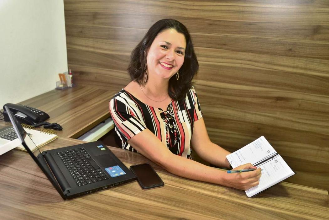 Denise Klein usa a agenda no dia a dia. Crédito: Marcelo Prest