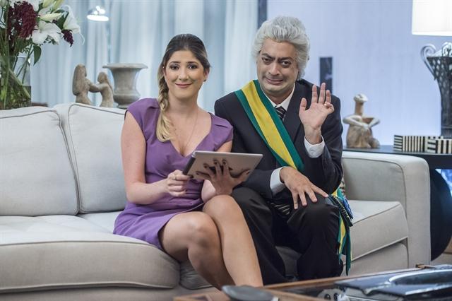 Zorra: Temer ( Fernando Caruso ) e Marcella ( Dani Calabresa ). Crédito: Globo/Mauricio Fidalgo
