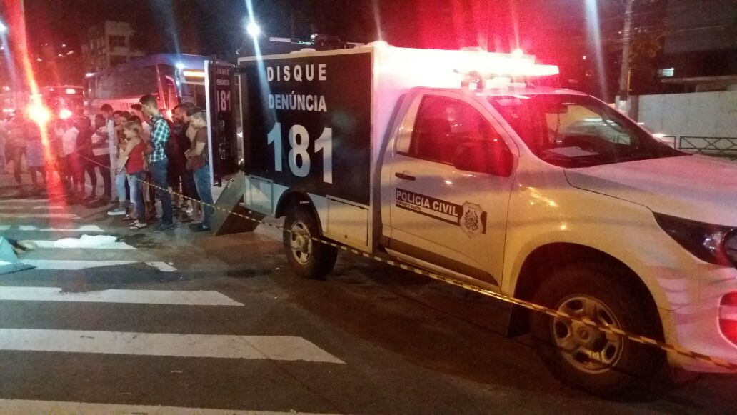 Um homem morreu na Avenida Vitória. Crédito: André Rodrigues | Gazeta Online