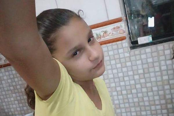 Helaine de Oliveira, de 13 anos, estava desaparecida desde a terça-feira (17). Crédito: Arquivo Pessoal
