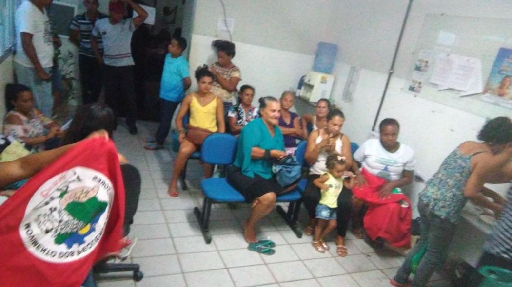 Protesto do Comitê Educação no Campo ocupa a sede da Prefeitura de Pinheiros