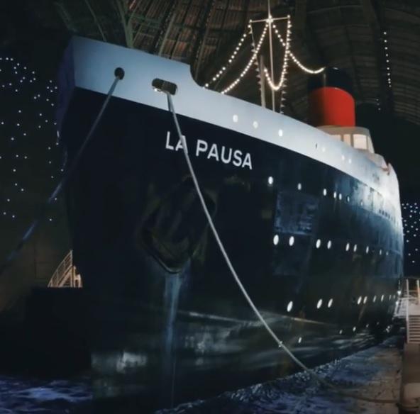 Chanel coloca navio na passarela . Crédito:   (Foto: Reprodução/Instagram)