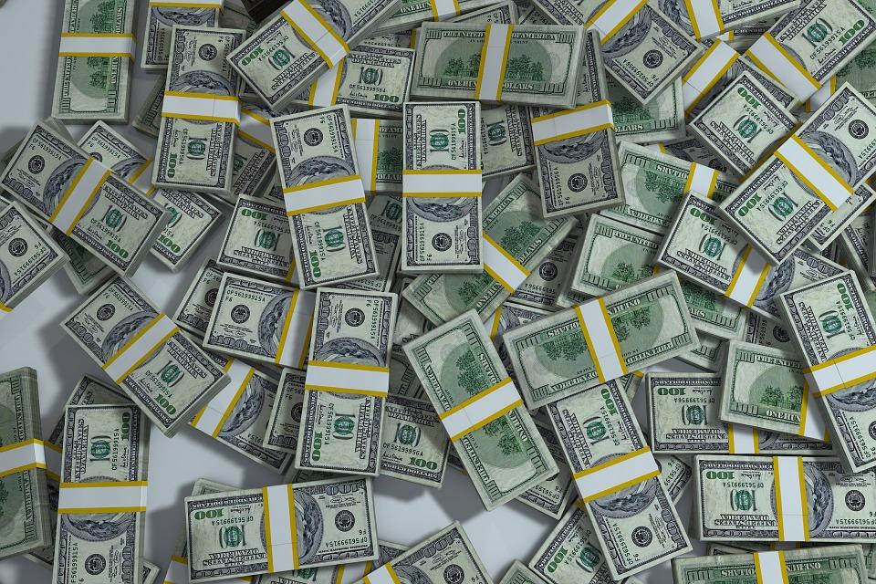 Nesta sessão, tanto o cenário interno quanto o externo contribuem para o movimento de valorização da moeda dos Estados Unidos. Crédito: Reprodução/ Pixabay