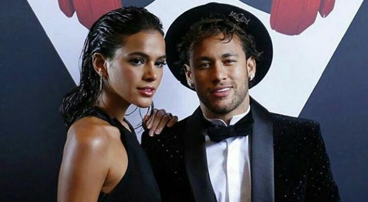 Bruna Marquezine e Neymar. Crédito: Reprodução/Web