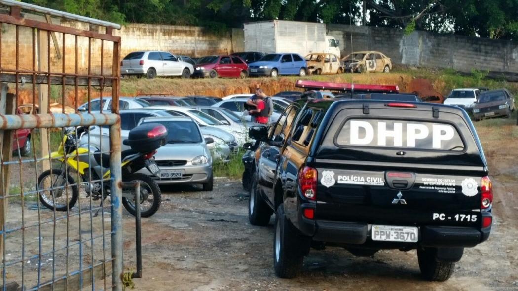 A Polícia Civil vai realizar perícia no carro apreendido. Crédito: Glacieri Carrareto