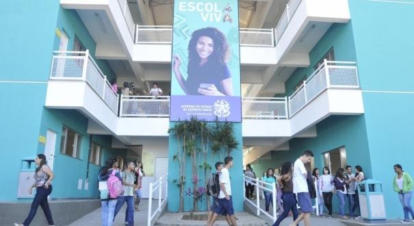 Escola Viva de São Pedro, a primeira deste modelo inaugurada no Estado.