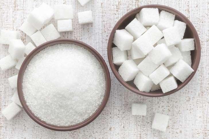 De acordo com o Ministério da Saúde, os brasileiros consomem, em média, 80 gramas de açúcar por dia, o que equivale a 18 colheres de chá. Crédito: Reprodução