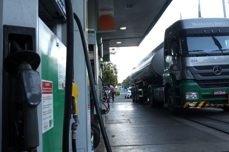 Petrobras confirma aumento do óleo diesel. Crédito: Marcello Casal Jr/Agência Brasil