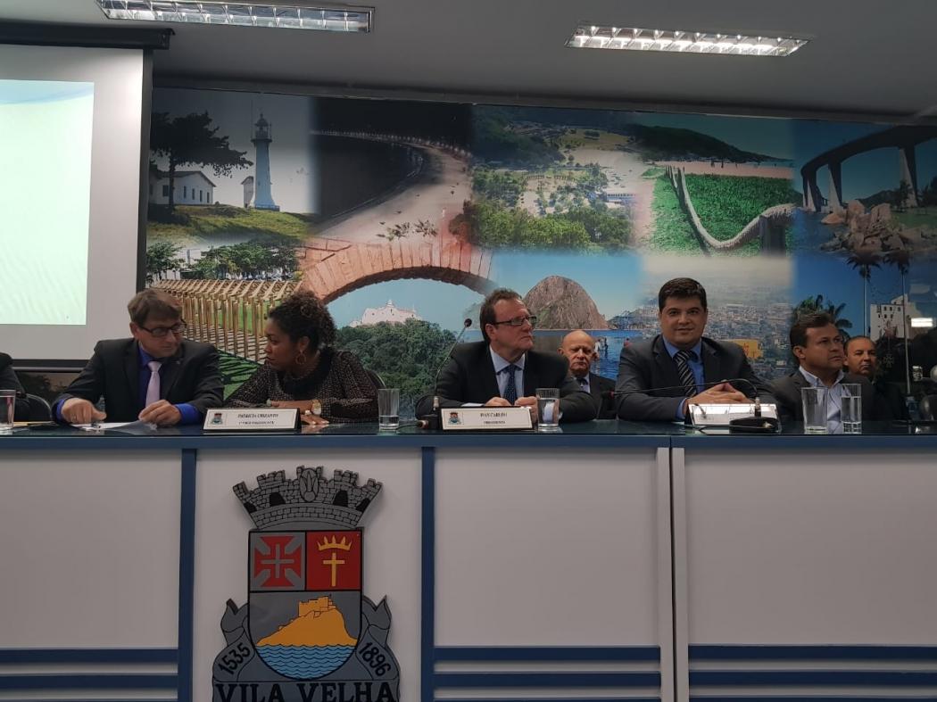 Ivan Carlini é eleito para presidir a Câmara de Vila Velha. Crédito: Natalia Devens
