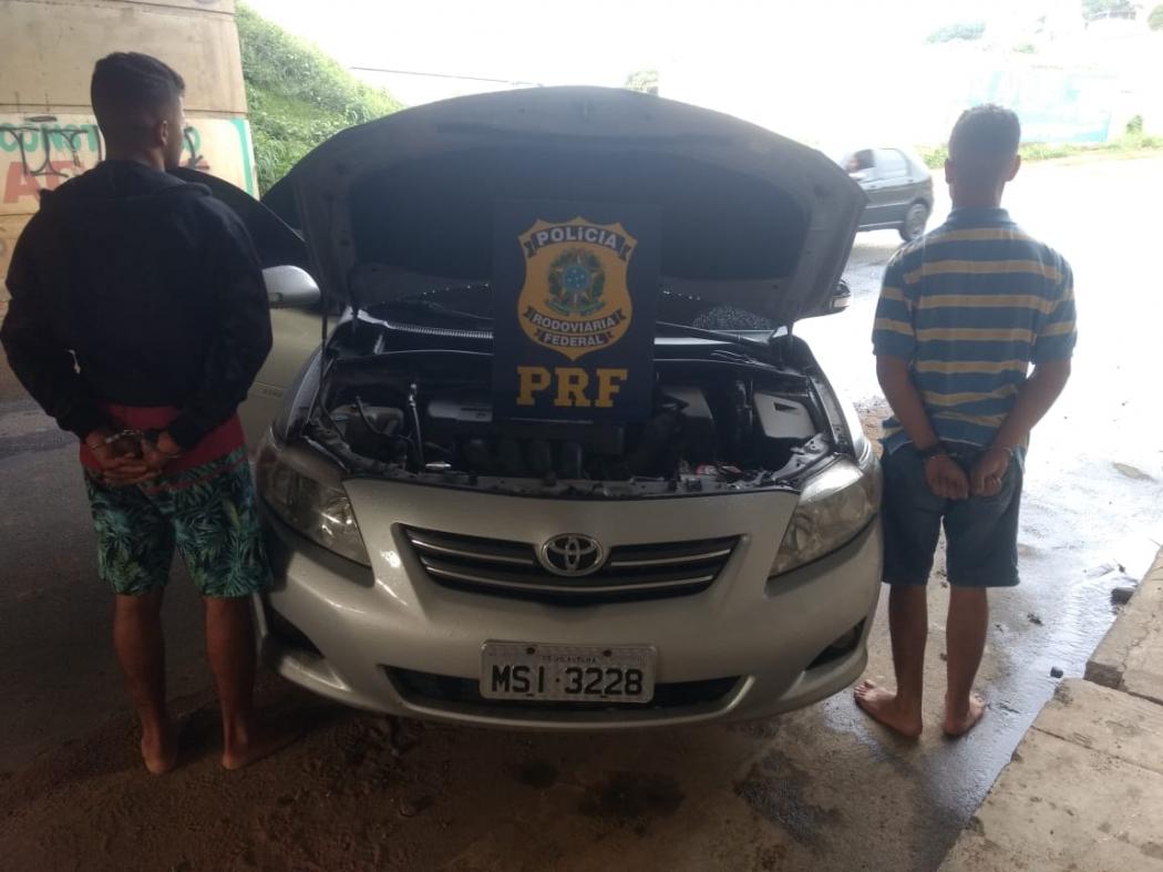 Homens não foram identificados pela PRF. Crédito: PRF