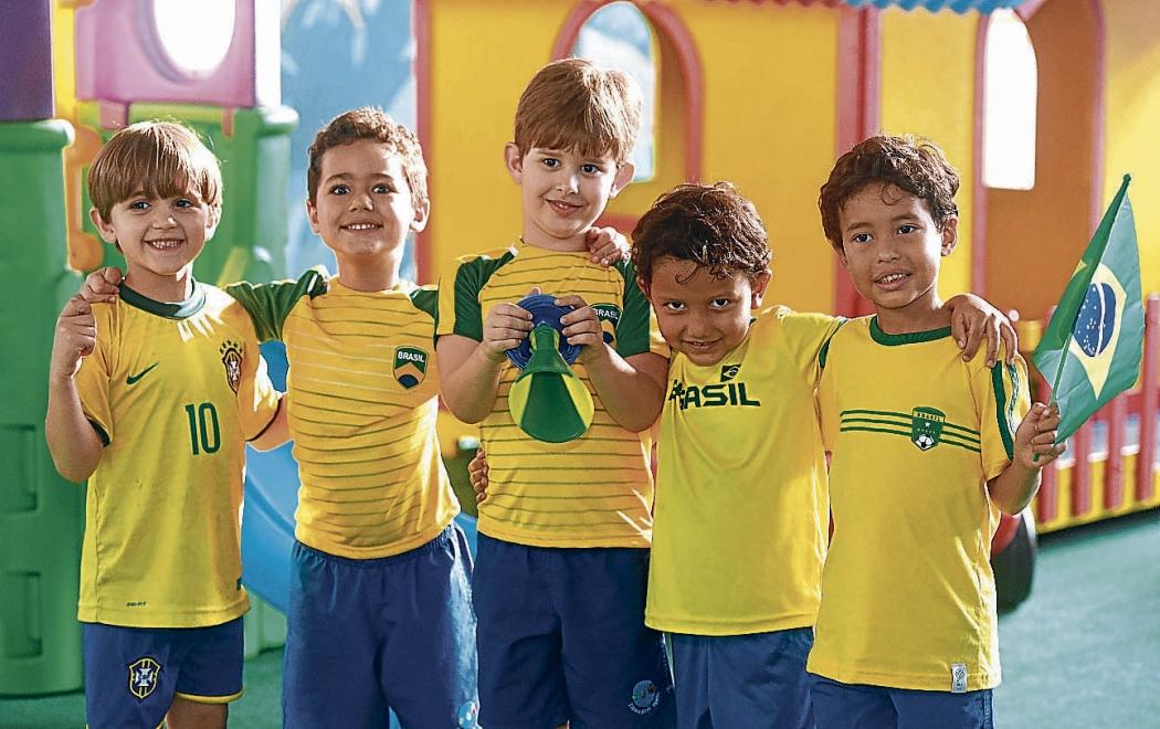 Só alegria para acompanhar a primeira Copa do Mundo - Copa 2018 - Gazeta  Online 31a04f8ff3b15