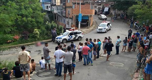 Assassinato em Itaquari, Cariacica, na manhã desta sexta-feira (15). Crédito: Vitor Jubini
