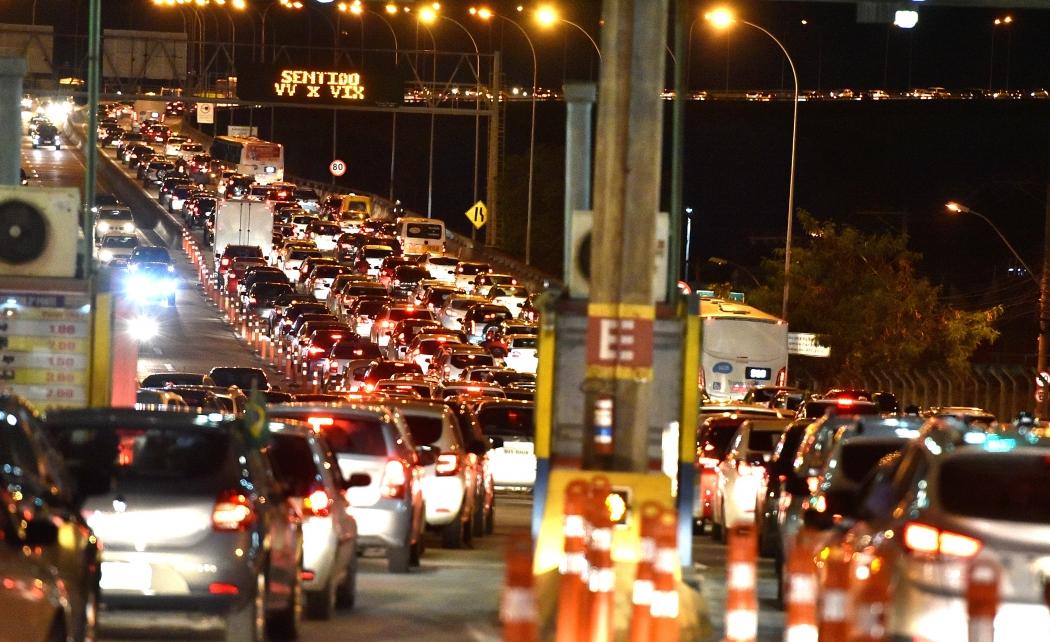 Congestionamento na Terceira Ponte . Crédito: Fernando Madeira