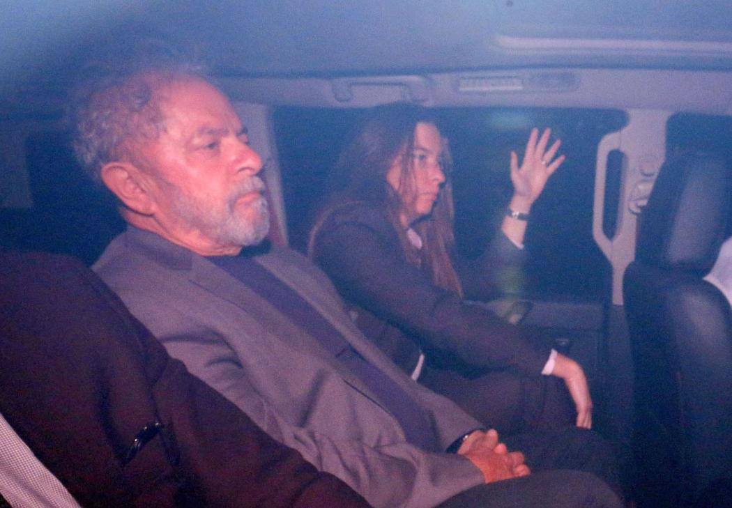 Lula quando realizou o exame de corpo de delito para ser preso. Crédito: Fukuda