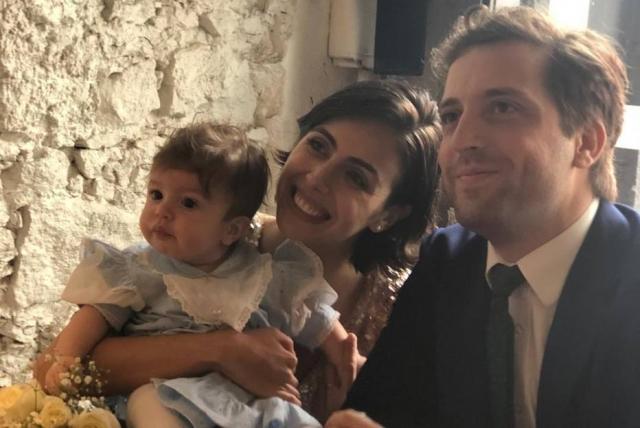 O ator e humorista Gregório Duvivier com a mulher, Giovanna Nader, e a filha do casal, Marieta. Crédito: Instagram/Gregório Duvivier