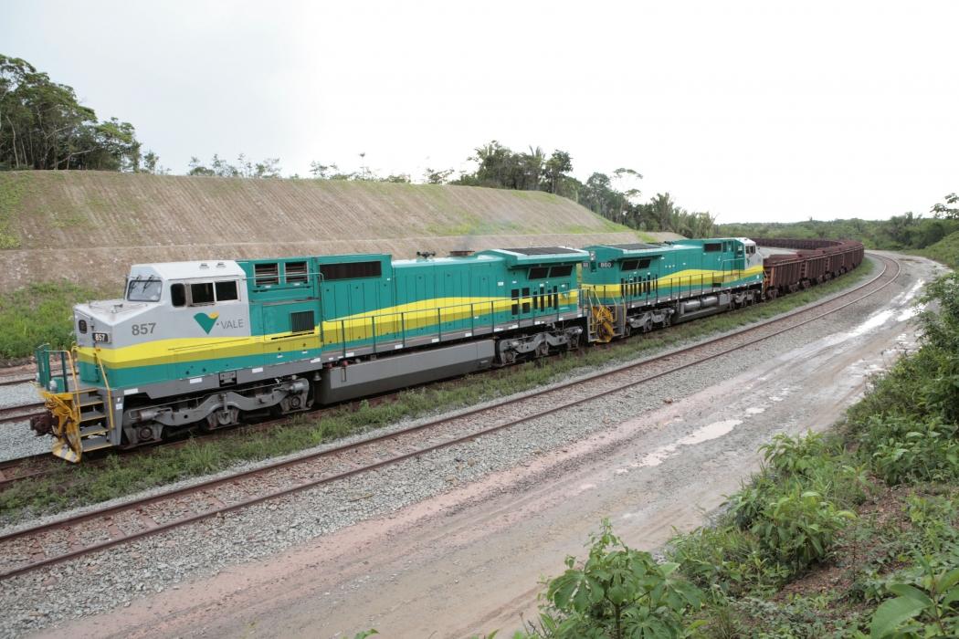 Trem da Ferrovia Vitória-Minas: renovação do contrato. Crédito: Agência Vale/Divulgação