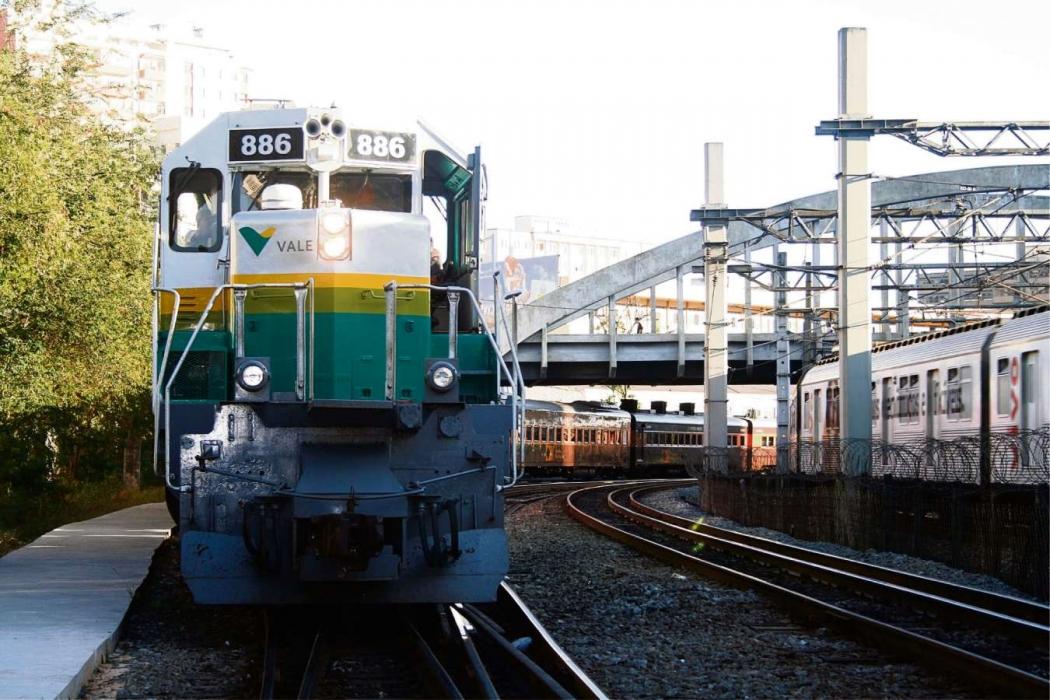 4bd87f53174 Locomotiva da Vale na Vitória-Minas  mineradora não se pronunciou  publicamente sobre proposta da