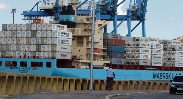 Operação mira bando que usa contêineres transportados em navios de carga para enviar cocaína para a Europa