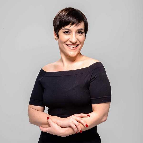 Simone Gutierrez dará oficina de teatro musical de graça em Vitória. Crédito: WB Produções/Divulgação