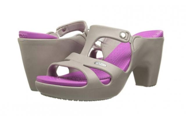 As Crocs de salto custam R$ 212. Crédito: Divulgação/Crocs