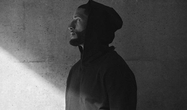 Noticia Agora - LeBron James lança coleção de roupas e tênis com a Nike f9f09aac8af