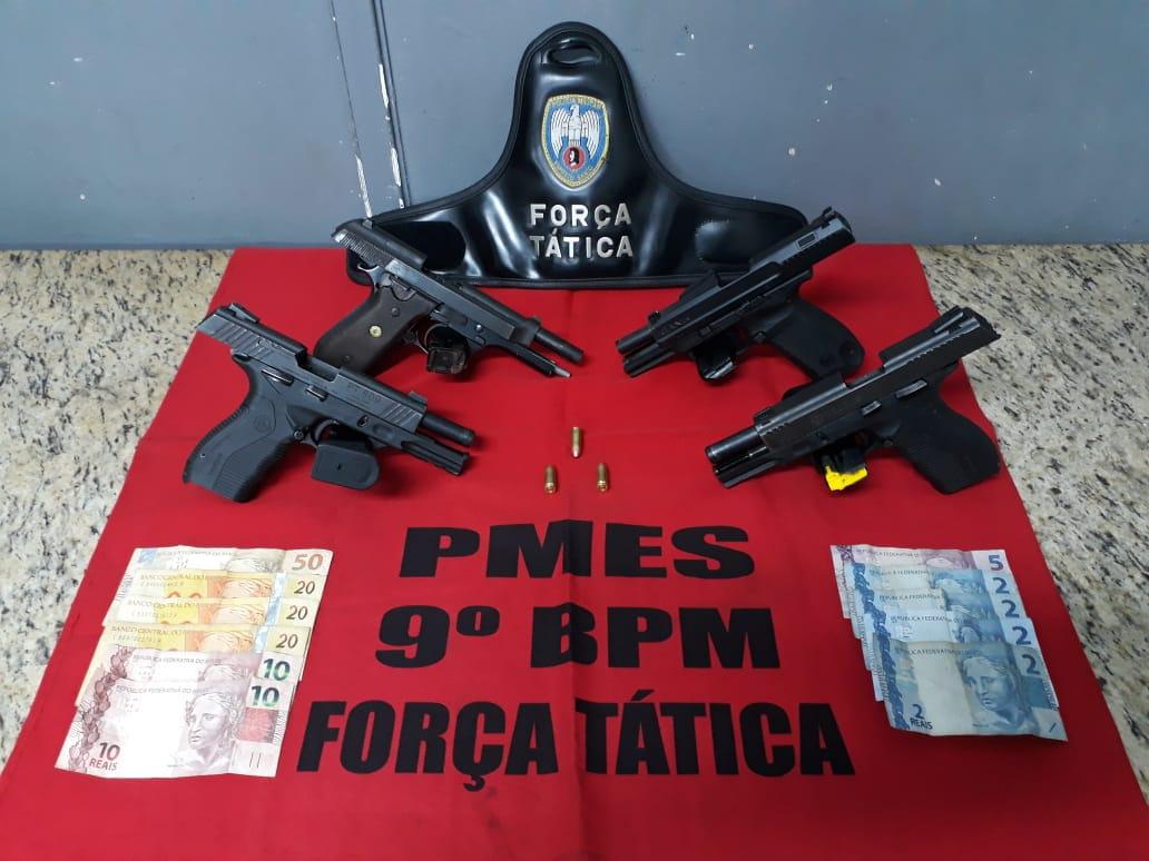 Armas foram apreendidas após a troca de tiros . Crédito: Divulgação Polícia Militar