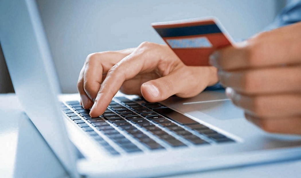8aedd92c9 Consumidor deve ter cuidado ao fornecer dados pessoais e de cartão na  internet
