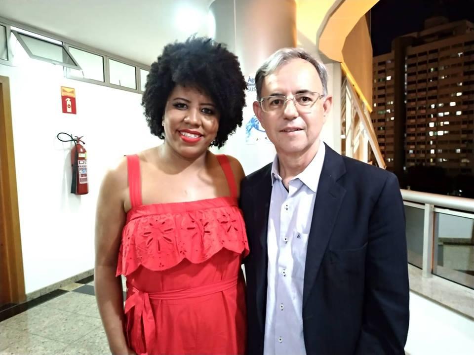 Jackeline Oliveira Rocha e Cleber Lanes registraram chapa no TRE. Crédito: Maíra Cabral