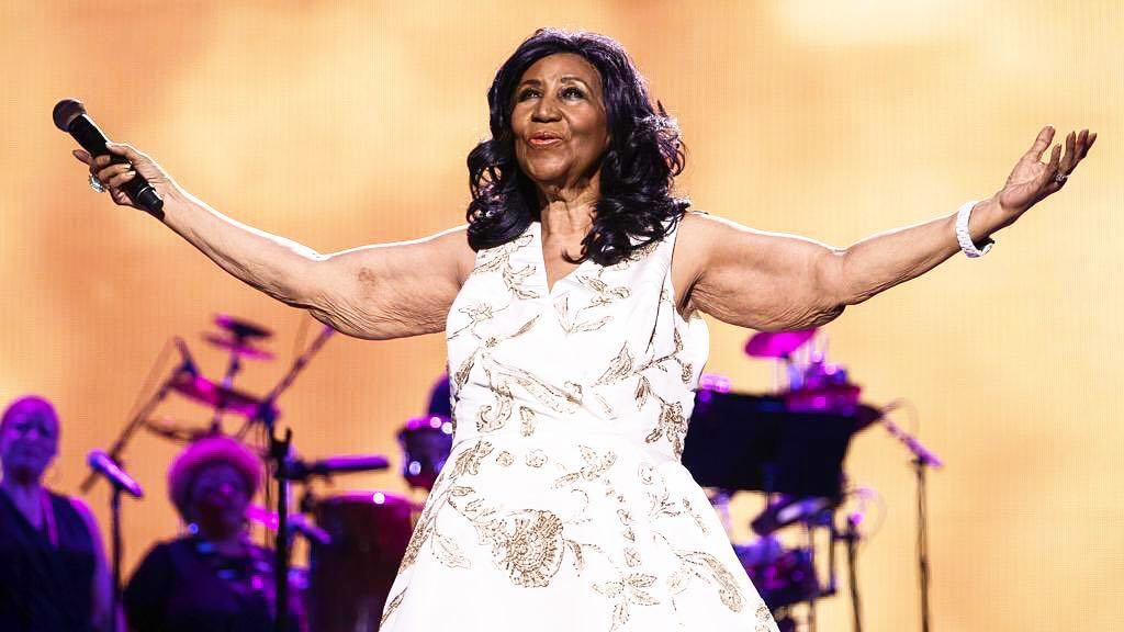 """Morre Aretha Franklin, a """"rainha do soul"""", aos 76 anos em Detroit, nos Estados Unidos. Crédito: Reprodução/Instagram @rafmgliaccio"""