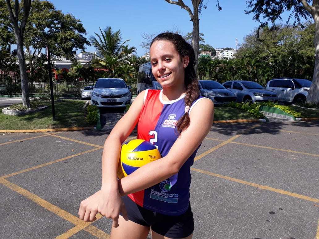 Jogos Escolares: A atacante Maria Eduarda, de 13 anos, é a principal jogadora do CIAC. Crédito: Rodolfo Mageste/Sesport