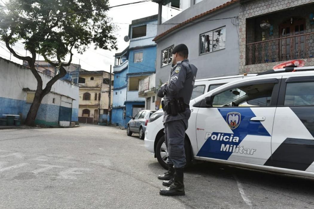 Polícia Militar no Morro do Alagoano. Crédito: Fernando Madeira