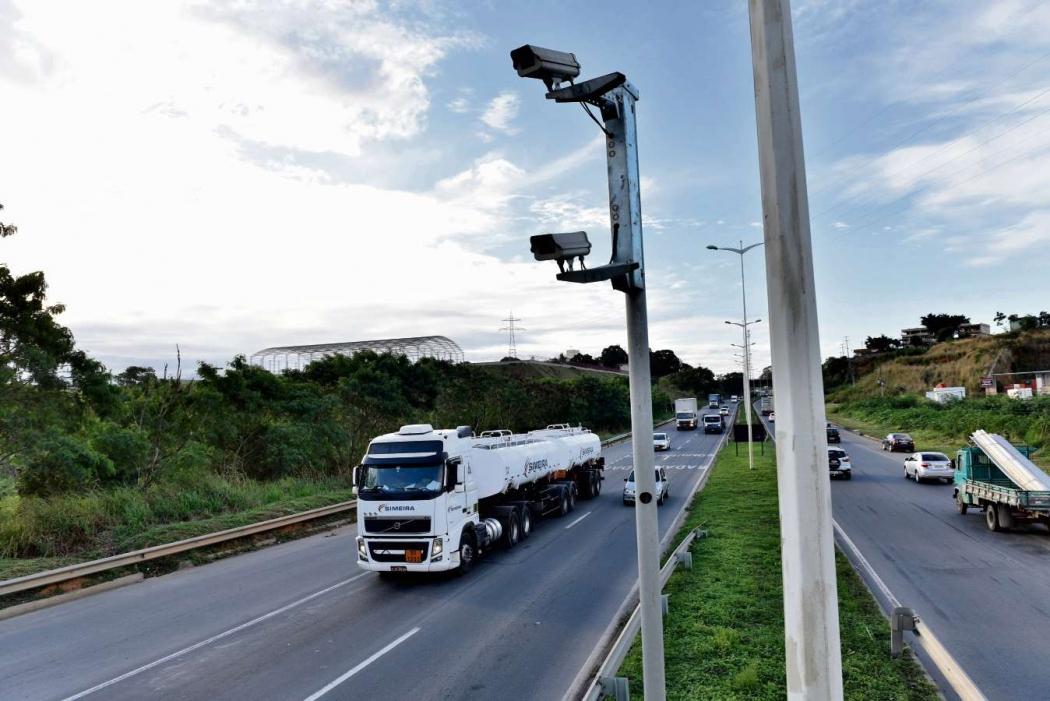 Radar na BR 101 na Serra. Crédito: Fernando Madeira