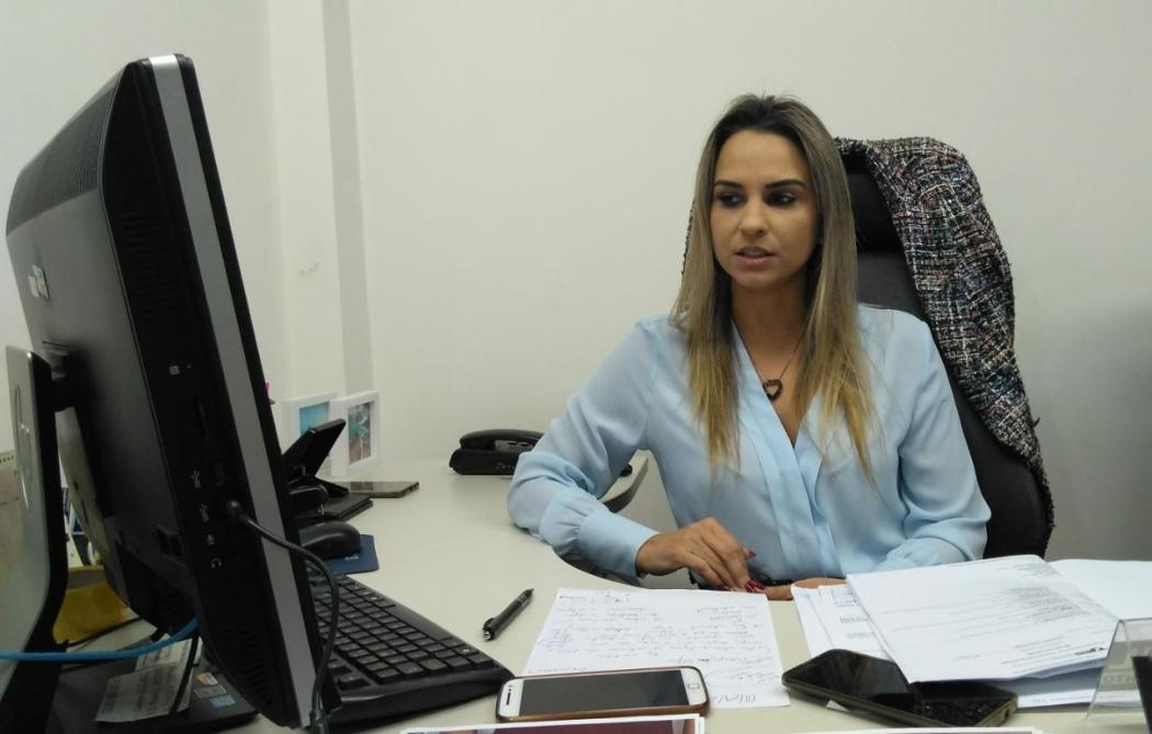 Delegada orienta que as pessoas não acreditem em quem prometa adiantar o processo de saque. Crédito: Kaique Dias